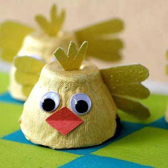 鸡蛋托画,太有创意了丨幼儿园创意手工