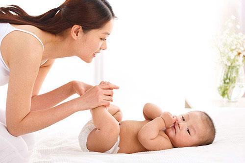 妈妈掌握5种小方法,宝宝再也不爱哭爱闹任性发飙