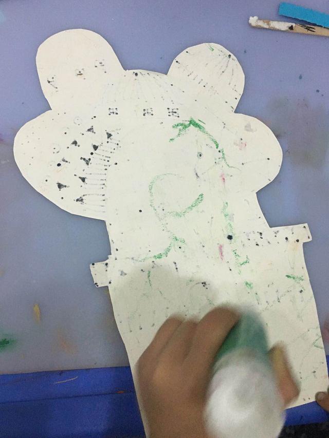 儿童创意美术《仙人掌楼房》
