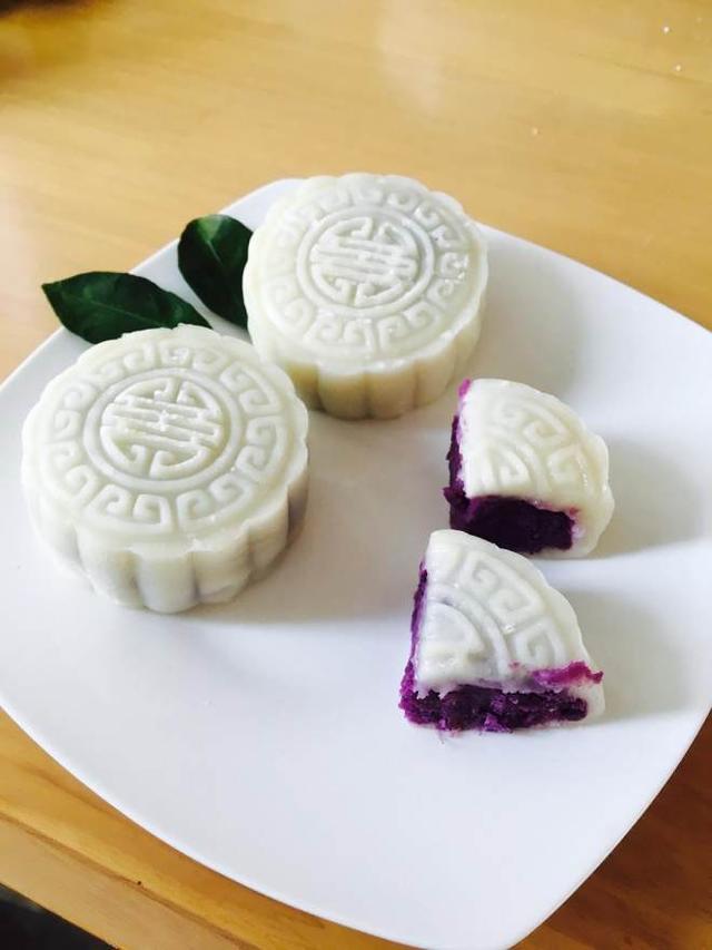 中秋佳节和朋友们一起动手制作冰皮紫薯月饼步骤简单