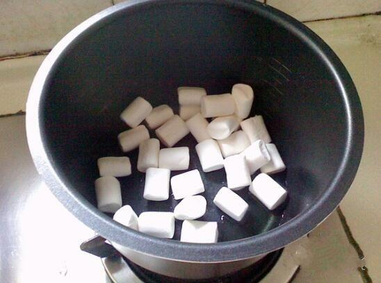 家庭手工牛轧糖制作方法,营养补脑又美味