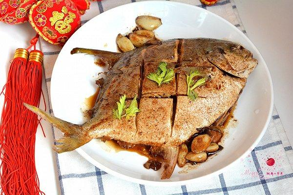 红烧鸡胸金毛一顿可以吃多少鲳鱼肉图片