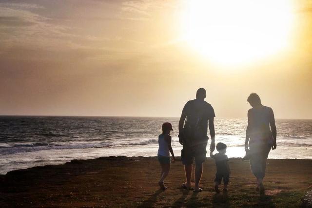 家庭是港湾 素材
