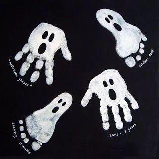 用剪刀剪下来(如下图);用黑色笔画出幽灵的眼睛和嘴巴;用剪刀沿虚线剪