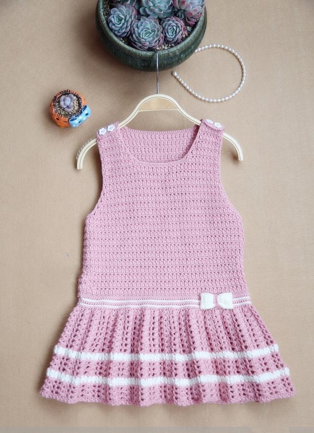 甜美的小女孩背心裙编织,3-6岁穿,附高清图解教程