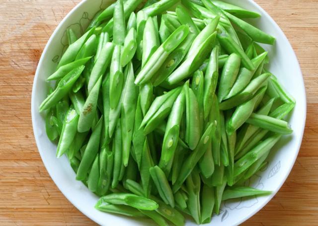 蔬菜大蒜幼儿手工制作