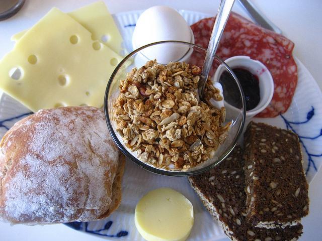 中国人早餐吃豆浆油条,那么外国人早餐吃什么?满足你的好奇心