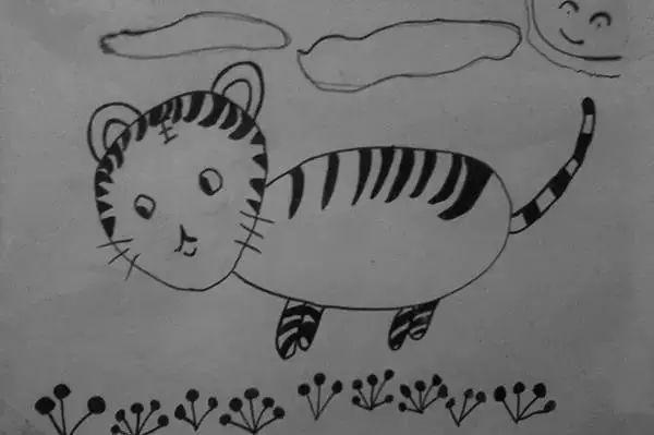 小时候第一幅绘画作品,当时画的是老虎,现在越看越像猫