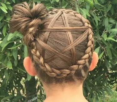 五角星辫子怎么梳图解小女孩五角星辫子发型扎法图片