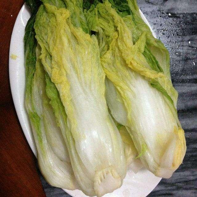 酸菜怎么腌制最好吃?阿姨用了20年的方法,吃着很过瘾