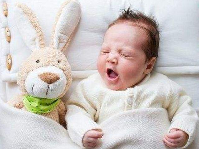 大多数的小孩儿在夜里出汗那经常发生的一种情况.