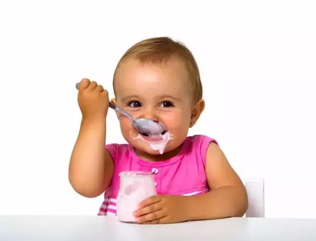 半乳糖是构成脑,神经系统中脑磷脂类的成分,与婴儿出生后脑的迅速成长