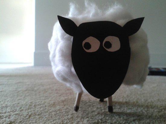 幼儿园手工制作绵羊的简单方法教程